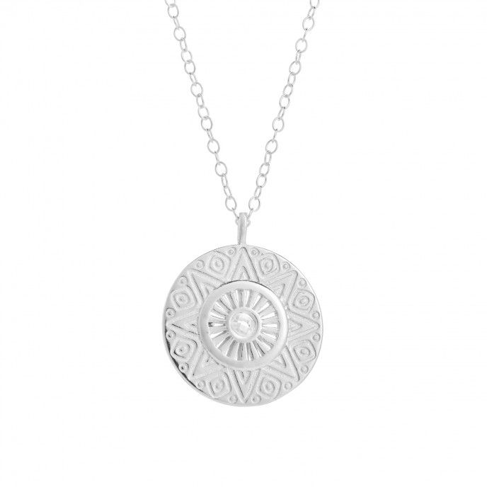 WORKED MEDAL NECKLACE